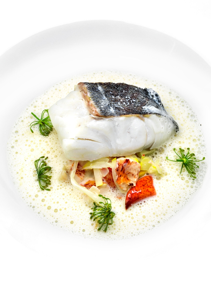 ugnsbakad torsk, hummer, bondbönor, zucchini, fänkål, krondillssmörsås